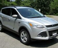 800px-2013_Ford_Escape_SE_-_07-11-2012-By-IFCAR-Own-work-Public-domain-via-Wikimedia-Commons-thumb-225x165-683271