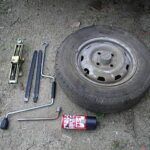 320px-Tire_tools